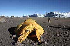 Располагаться лагерем кратера Килиманджаро Стоковые Фото