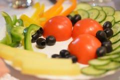 Расположение еды на таблице Стоковое фото RF
