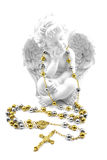 Распятие, розарий и ангел Стоковые Изображения