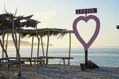 Рассветайте на пляже Mandalika в Lombok, Индонезии Стоковое Изображение