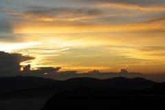 Рассвет захода солнца в горах Стоковая Фотография RF