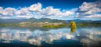 Рассвет на озере Inle Стоковое Изображение RF