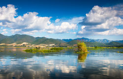 Рассвет на озере Inle Стоковые Изображения