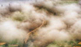 Рассвет осени красивый рассвет в прикарпатских горах Стоковое Фото