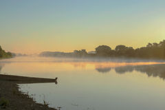 Рассвет рекой в сельской местности Стоковая Фотография RF