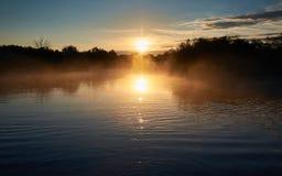 рассвет туманнейший стоковая фотография rf