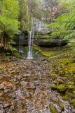 Рассел падает, водопад каскада tiered†«с острословием покрытым камнем Стоковое Изображение RF