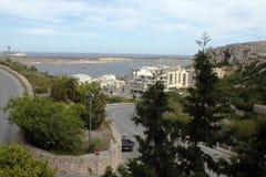 Рассматривающ вне залив Melieha, Мальта Стоковые Фото