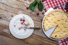 Расстегай вишни Предпосылка выпечки еды Стоковое Изображение RF