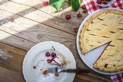 Расстегай вишни Предпосылка выпечки еды Стоковое Изображение