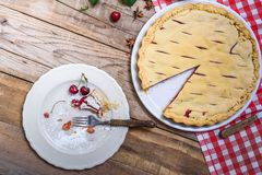 Расстегай вишни Предпосылка выпечки еды Стоковые Фотографии RF