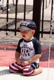 Расстроенный малыш на бассейне Стоковая Фотография RF