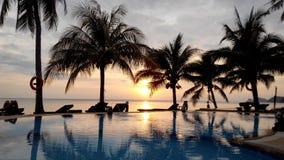 Расслабленный заход солнца на Koh Phangan Таиланда Стоковые Изображения