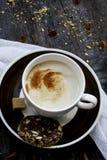 Растворимый кофе с молоком Стоковая Фотография