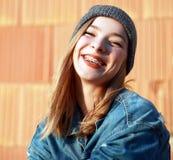 Расчалки на ее зубах Стоковые Изображения