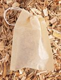 Расшива вербы травы найдена в природе и использована целебно для стоковые фотографии rf