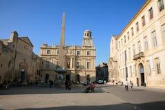 Ратуша на Месте de Ла République, Arles, Bouche-du-RhÃ'ne, Франции Стоковое Фото