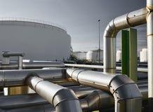 Рафинадный завод для продукции топлива - архитектура и здания Стоковые Изображения