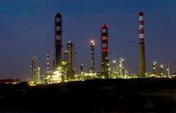 рафинадный завод ночи Стоковая Фотография