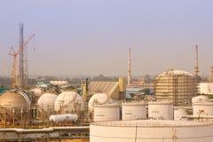 рафинадные заводы заводов газа Стоковое Изображение