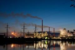 Рафинадный завод ORLEN нефти Стоковое Фото