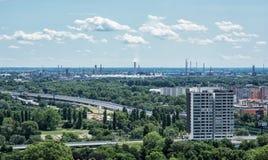 Рафинадный завод Slovnaft в Братиславе, Словакии Стоковое Изображение