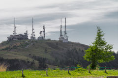 Радиовышка и красивый взгляд ландшафта Utsukushigahara Стоковые Изображения RF