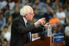 Ралли шлифовальных приборов Bernie в St Charles, Миссури стоковое изображение