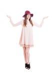 Радостная молодая модель в ультрамодных одеждах и высоких пятках Стоковые Фото