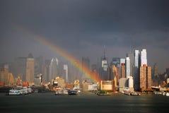 Радуга над Манхаттаном стоковые фотографии rf