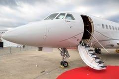 Реактивный самолет дела сокола 2000LXS Дассо Стоковая Фотография