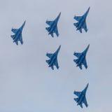 6 реактивных самолетов войны в небе Стоковая Фотография