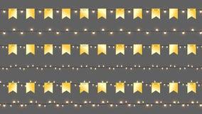 Реалистические гирлянды Cristmas вектора Изолированные гирлянды с золотыми флагами и сияющими лампами Шаблон вектора с светом Стоковые Фото