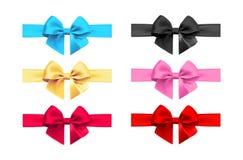 Реалистический комплект смычка и ленты Элемент для подарков украшения, приветствия, праздники также вектор иллюстрации притяжки c Стоковая Фотография