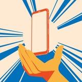 Реалистический плоский современный, умный телефон с рукой на темной предпосылке Стоковые Фотографии RF