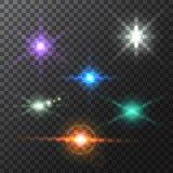 Реалистические красочные яркие лучи и вспышки пирофакелов объектива на прозрачном фоне Стоковая Фотография RF