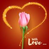 Реалистический розовый бутон Конец-вверх бутон цветка розы на фоне большого сердца с ярким блеском Открытка символ Стоковое Изображение RF