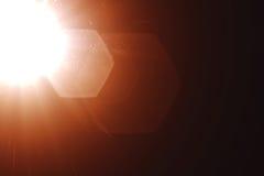Реальные светлые утечки и верхние слои пирофакела объектива, холодный теплый цвет подкраской золота Стоковые Фото