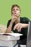 Ребенк делая домашнюю работу, решение проблем Стоковые Фотографии RF