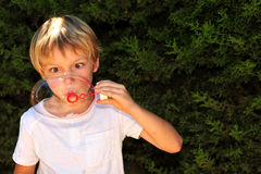Ребенк на игре стоковая фотография