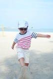 Ребенк на портрете пляжа Стоковые Изображения