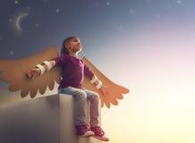 Ребенк с крылами птицы Стоковое Изображение