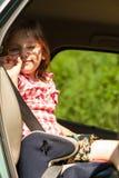 Ребенок в автомобиле Перемещение отключения каникул праздников Стоковая Фотография