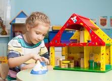 Ребенок в детском саде Стоковое фото RF