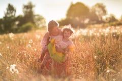 Ребенок в поле пшеницы Стоковая Фотография RF