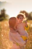 Ребенок в поле пшеницы Стоковая Фотография