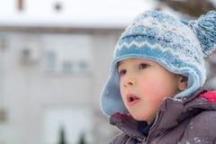 Ребенок в снежке Стоковое фото RF