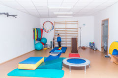 Ребенок в спортзале Стоковая Фотография RF