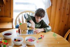 Ребенок делая корабль рождества Стоковая Фотография