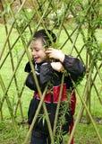 Ребенок играя с вербой Стоковая Фотография RF